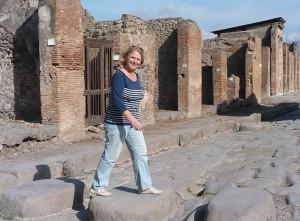 Jeannette Vlietstra - Nederlandstalige gidsing voor rondleidingen Pompeii, Herculaneum en Napels